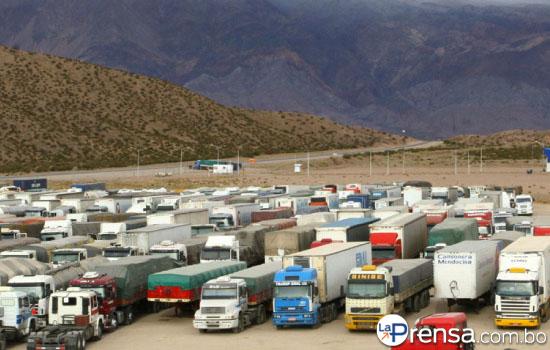 Despachantes argentinos al servicio de los colegas for Garajes metalicos en bolivia